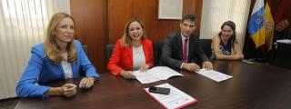 Cabildo y Red Eléctrica firman su compromiso con la movilidad sostenible