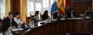 PSOE y PP se niegan a aprobar una declaración institucional para incluir a La Graciosa en el nombre oficial del Cabildo