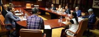 Las patronales turísticas canarias trasladan al equipo de la Consejería de Turismo un decálogo de asuntos clave para el sector
